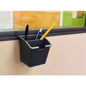 Render of Plastic Hanging Pencil Tray